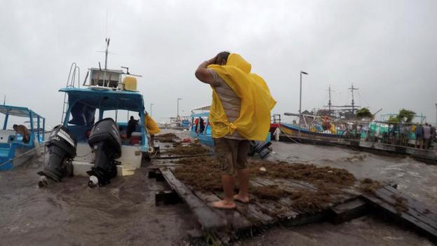 La tormenta tropical Gamma tocó tierra este sábado cerca de Tulum, en la costa este de la Península de Yucatán. (EFE)