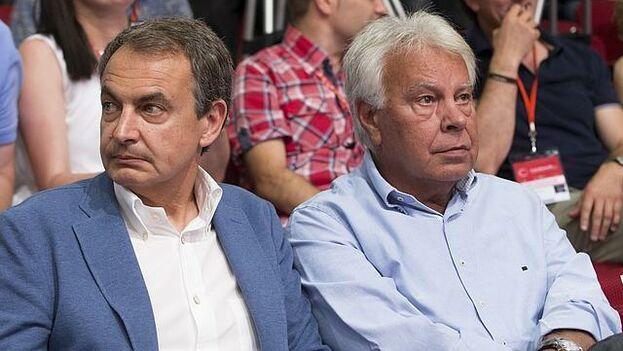 """el expresidente del Gobierno José Luis Rodríguez Zapatero ha defendido que no hay que """"afirmarse en un lado o en otro radicalmente"""" sobre el conflicto de Venezuela. (EFE)"""