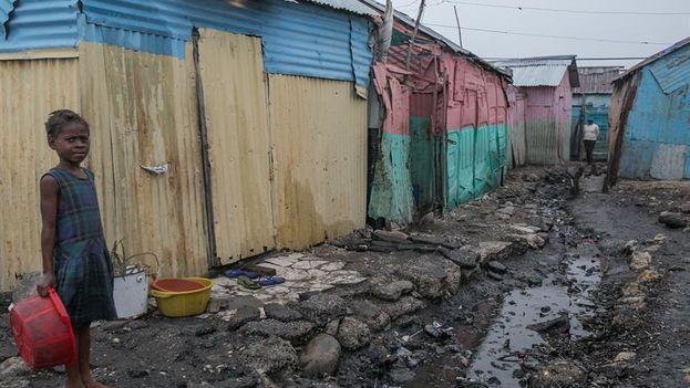 Ni el Gobierno ni ninguna organización internacional anunciaron un plan para proteger del paso del huracán a los residentes en el paupérrimo Cite Soleil. EFE / Bahare Khodabande