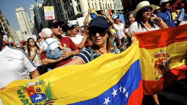 El Gobierno español ha debido habilitar varios mecanismos para aligerar la elevadísima demanda de solicitudes de venezolanos.