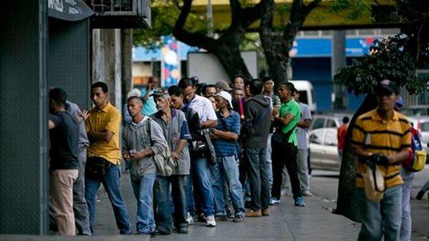 Gobierno venezolano ha expropiado varias panaderías en su 'guerra del pan'. (EFE)