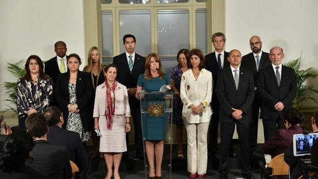 El Grupo de Lima comparte con la prensa la declaración suscrita por los cancilleres sobre las elecciones de Venezuela. (@CancilleriaPeru)