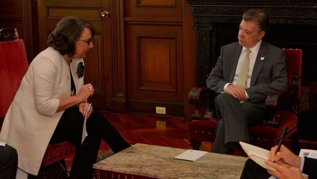 Juan Manuel Santos este lunes reunido con Rebeca Grynspan, Secretaria General de la Secretaría General Iberoamericana. (@JuanManSantos)