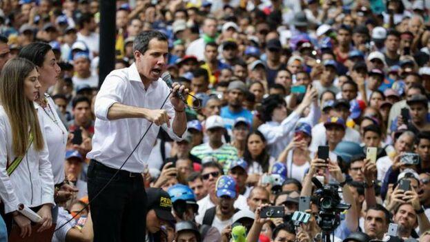 Juan Guaidó se unió a los opositores del Gobierno de Nicolás Maduro en las marchas de este sábado en Caracas. (EFE)