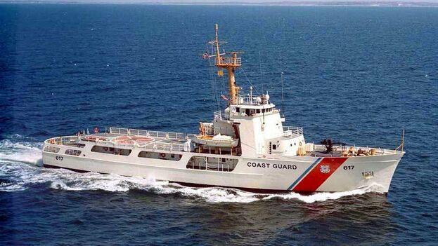 """La Guardia Costera señaló que tentativas como estas son """"extremadamente peligrosas"""". (EFE)"""