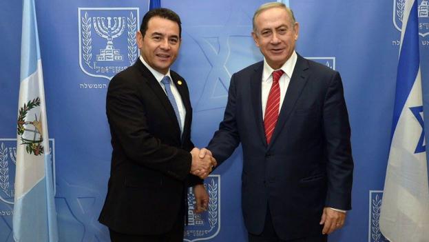 El presidente de Guatemala, Jimmy Morales y el Primer Ministro israelí, Benjamín Netanyahu. (Presidencia)