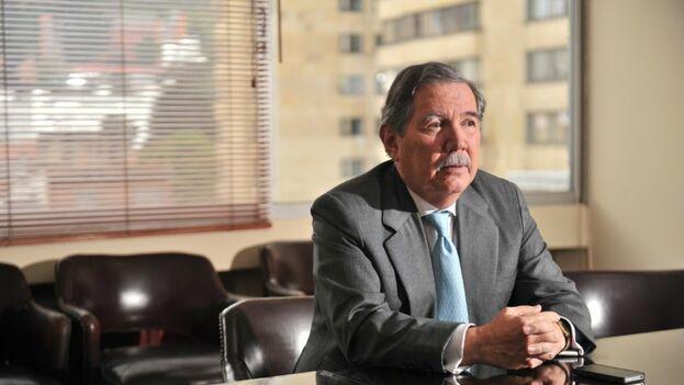 Guillermo Botero, ministro de Defensa colombiano, confirmó que la muerte del exguerrillero fue un asesinato. (El Espectador/ Archivo)