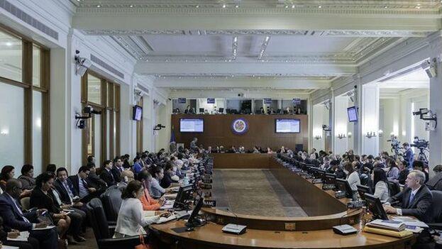 Gustavo Tarre fue reconocido por la OEA y entregará sus credenciales este miércoles. (EFE)