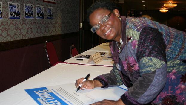 Gwen Moore es una de las congresistas firmantes de la carta a Biden. (Flikr)