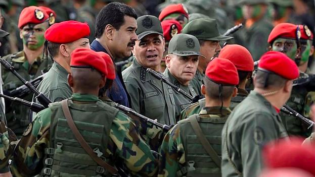 Ni el difunto Hugo Chávez ni el presidente Nicolás Maduro inventaron el intervencionismo en el país, donde el modelo del Estado rentista y sus petrodólares ha marcado el desarrollo de la sociedad. (Vértice)