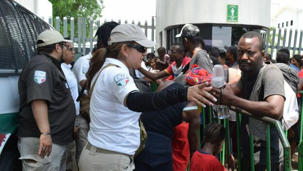 El personal del INM confirmó que hasta el momento ninguna de las personas involucradas en el incidente había logrado ser detenida. (INM)