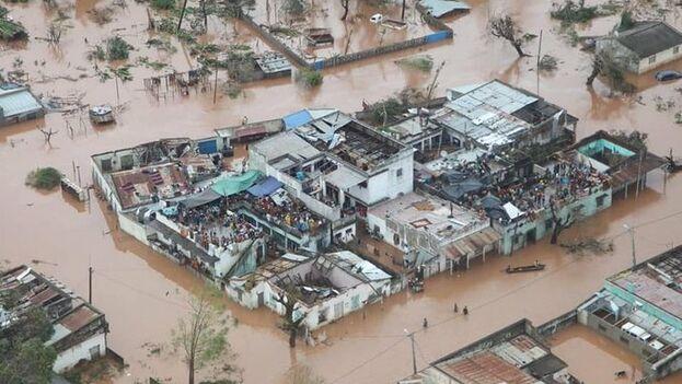 Tras el paso de Idai, 1,8 millones personas necesitan urgentemente asistencia humanitaria, segun la ONU, de los cuales 900.000 son niños. (@unicef_es)