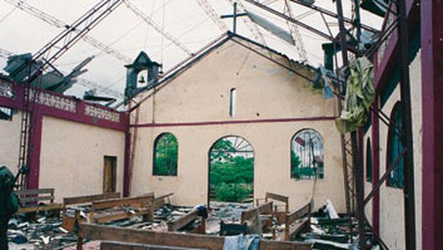 Imagen de la iglesia de Bojayá después del atentado de las FARC en 2002. (Flickr)