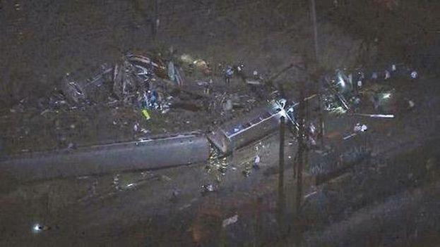Imagen aérea del área del accidente del tren que cubría la ruta entre Washington y Nueva York