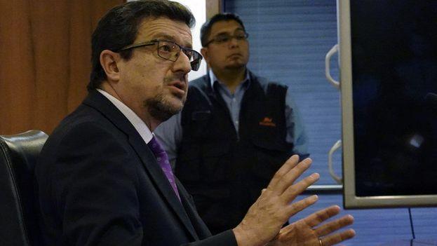 El procurador general del Estado ecuatoriano, Íñigo Salvador Crespo, explicó ayer las normas impuestas a Assange para continuar la convivencia en la embajada de Reino Unido. (