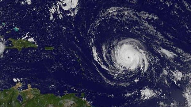 Irma continúa su desplazamiento rumbo a las Antillas Menores, en el Caribe. (NASA)