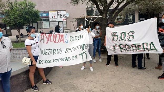 Unos 600 migrantes de la Isla se encuentran en Reynosa tramitando su asilo a EE UU. (El Norte)