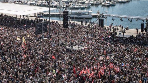 Jean-Luc Mélenchon se dirige a sus votantes en Marsella, la segunda ciudad francesa en población. (@JLMelenchon)