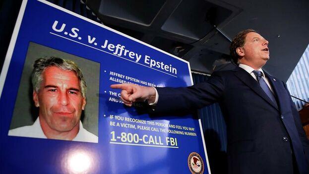 Jeffrey Epstein logró crear importantes contactos con los poderosos en Estados Unidos. (EFE/ Jason Szenes)