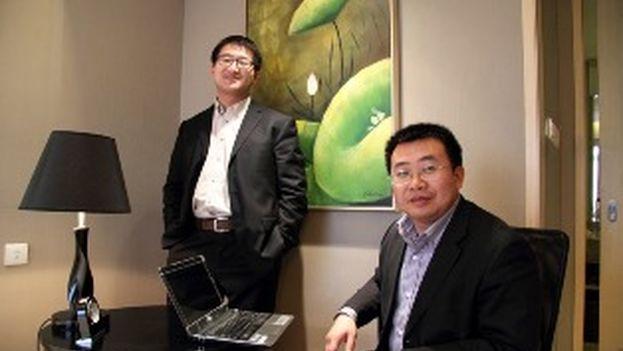 Jiang Tianyong (derecha) es el último activista que comparecerá ante los tribunales dentro de la campaña emprendida hace casi dos años por Pekín contra abogados chinos de derechos humanos. (nchrd.org)
