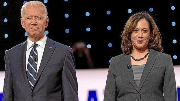 El candidato presidencial demócrata, Joe Biden, con su candidata a vicepresidenta, Kamala Harris. (EFE)