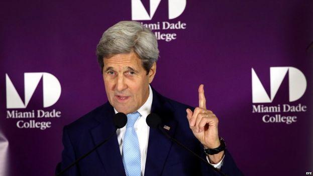 John Kerry, durante su discurso en el Miami-Dade College