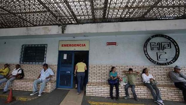 El diputado opositor José Manuel Olivares ha denunciado en varias ocasiones el mal estado de muchos hospitales en Venezuela. (EFE)