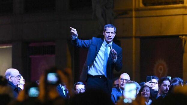 Juan Guaidó se reunirá este sábado en Miami con venezolanos, cubanos, nicaragüenses, colombianos y otros latinoamericanos. (EFE)