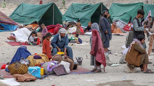 Kabul acoge cada día a miles de refugiados que traen consigo historias de horror. (EFE/EPA/Hedayatullah Amid)