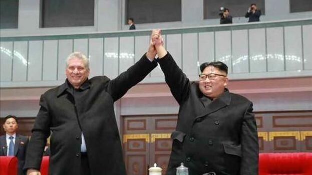 Kim y Díaz-Canel en un encuentro en 2018. (Captura/ Yonhap News)