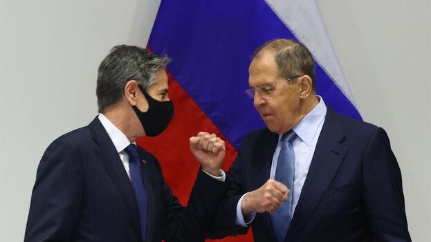 Se esperaba que Lavrov y Blinken hablaran de la posible celebración de una cumbre entre los presidentes de ambas potencias, aunque por el momento ninguna de las dos partes lo ha confirmado. (EFE)