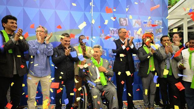 Lenín Moreno festeja en la Caravana de la victoria su resultado electoral. (Diario El Río)