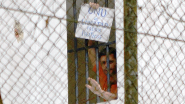 Leopoldo López Prision