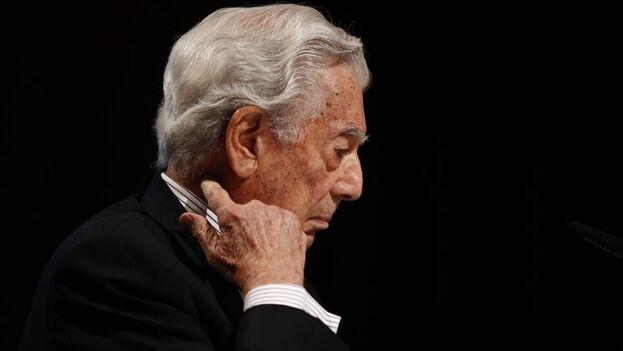 El escritor peruano y premio Nobel de Literatura 2010, Mario Vargas Llosa. (EFE/Javier López/Archivo)