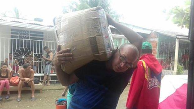 Llegada a Turbo del cargamento de ayuda procedente del exilio. (Cortesía)