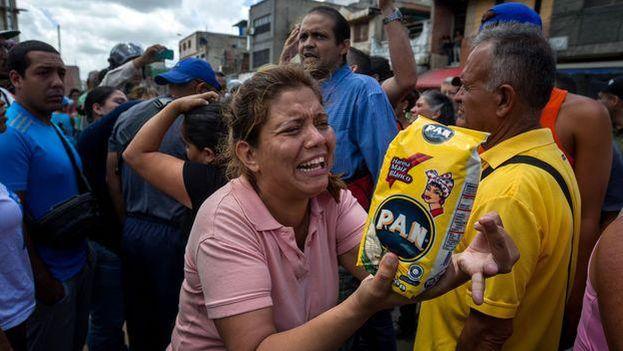 Llenar la cesta de la compra para una familia de 4 personas supera los 20.000 bolívares