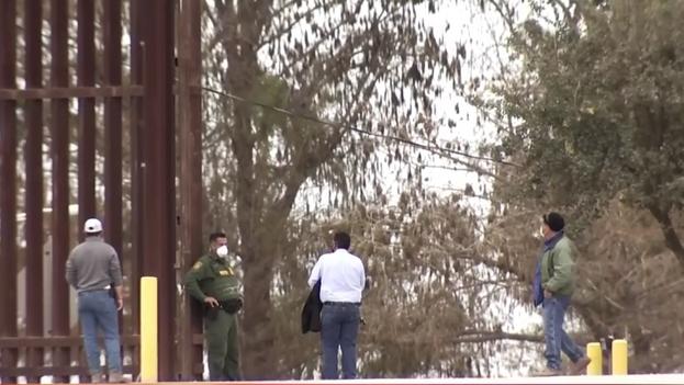 Lugar donde el joven cubano fue baleado por un agente federal al cruzar la frontera, en Hidalgo, Texas. (Captura)