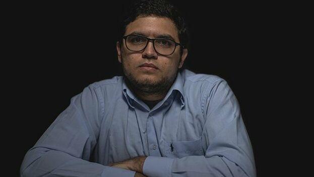 Luis Carlos Díaz podrá seguir trabajando, aunque no abandonar el país. (@LuisCarlos)