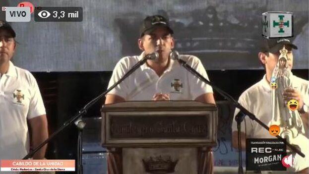 Luis Fernando Camacho ha llamado a bloquear las instituciones hasta que Morales firme la carta de renuncia que tiene preparada para él. (Captura)