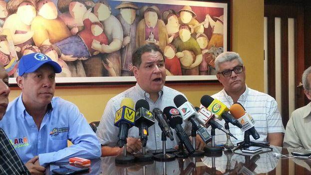 El diputado Luis Florido dijo este martes que es falso que las negociaciones presenten un 95% de avances. (@LuisFlorido)