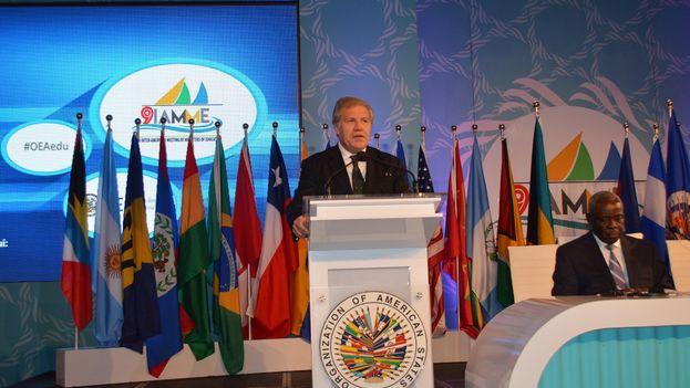 Luis Almagro, secretarios de la Organización de Estados Americanos. (@Almagro_OEA2015)