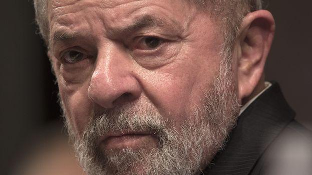 Lula da Silva, uno de los líderes más carismáticos de Brasil, aún no ha definido si se presentará a los comicios presidenciales del próximo año. (EFE)