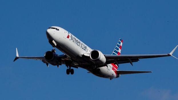 Imagen de un avión Boeing 737 MAX 8 de American Airlines. (EFE/Justin Lane/Archivo)