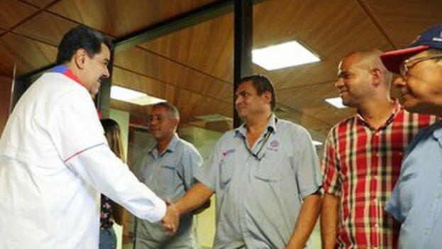 Maduro visitó Corpoelec días después del largo apagon que dejó a oscuras buena parte del país durante días. (NicolasMaduro)