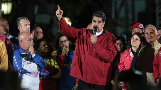 Maduro cargó contra la Fiscalía, el Parlamento y los medios de comunicación privados tras la comunicación oficial de resultados. (PSUV)