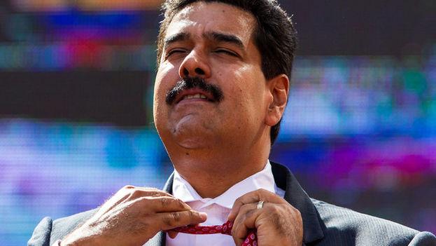 Maduro quiere armar una milicia de un millón de paramilitares. ¿Para qué? Porque no se fía de las Fuerzas Armadas. (Redes)