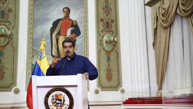 Maduro ordenó este lunes mantener la suspensión de actividades escolares y laborales este martes y mañana miércoles. (NicolasMaduro)