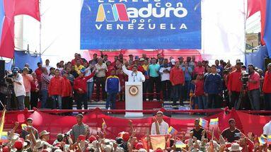 """Maduro agradeció """"al pueblo venezolano por la resistencia, la lealtad y el decidido respaldo"""" a su Gobierno durante este año. (@NicolasMaduro)"""
