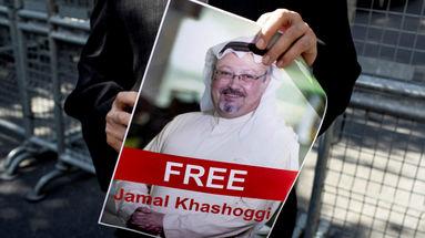 Manifestantes se han concentrado a las afueras del consulado saudí en Ankara para protestar contra la desaparición del periodista Jamal Khashoggi. (EFE)
