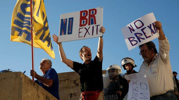 Manifestantes contra el 'Brexit'. (EFE)